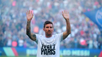 El Parque de los Príncipes enloqueció con Messi