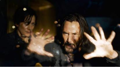 Matrix Resurrecciones revive la guerra entre humanos y máquinas