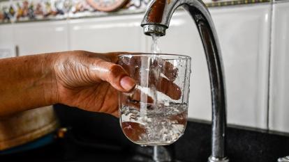 Triple A reporta mejoría en la coloración del agua