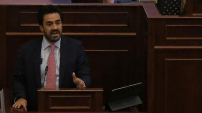 Pacho Santos defiende a su hijo en polémica con presidenta de Cámara