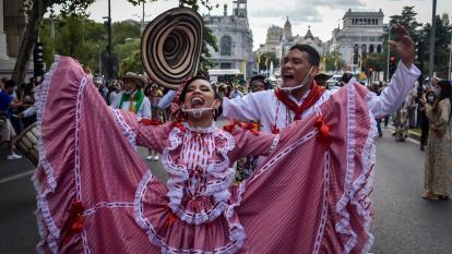 Muestra carnavalera se tomó a Madrid