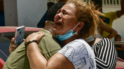 Una niña muerta y su hermana herida deja un atraco en Las Américas