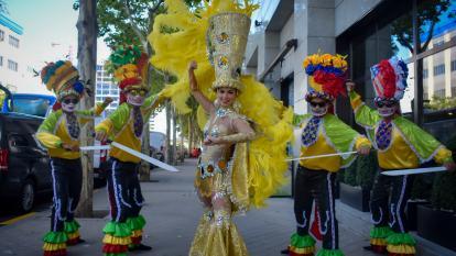 Entre aplausos y vivas el parque El Retiro despidió al Carnaval de Barranquilla
