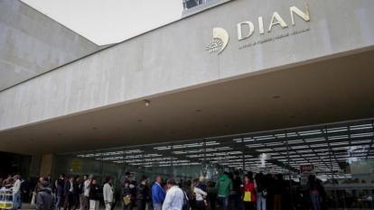 Seis exfuncionarios de la Dian fueron destituidos e inhabilitados por el cartel de