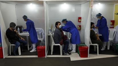 Así es el proceso de recepción y despacho de vacunas covid-19 en Colombia