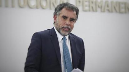 """""""Culpándome a mí quieren desviar la atención"""": Armando Benedetti"""