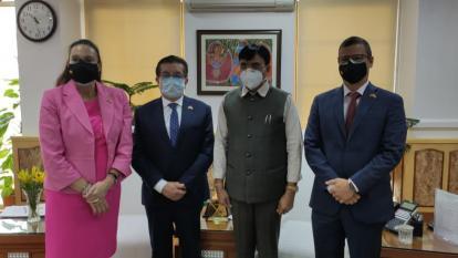 Avanza en India gestión de Minsalud para producir vacunas en el país