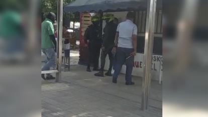 Gaula de la Policía captura a hombre armado en un bus de Sobusa