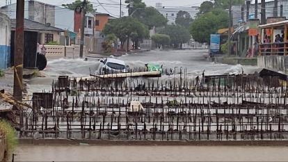 Reportan daños por fuerte aguacero en Barranquilla