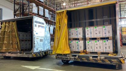 Colombia recibió un millón de dosis del laboratorio Pfizer