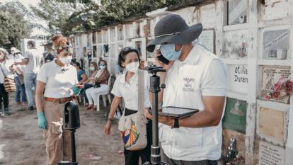 Realizan labores de recuperación de cuerpos en cementerio de Caquetá