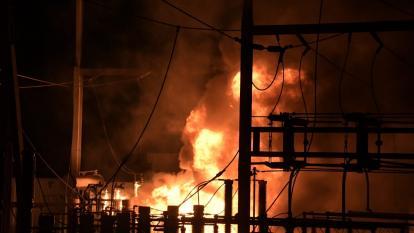 Apagón en el suroccidente de Barranquilla por incendio en subestación Silencio