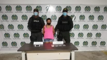 Policía captura a mujer por el delito de extorsión