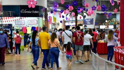 Minsalud incrementa aforos permitidos en lugares o eventos masivos