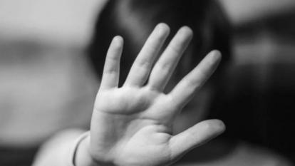 Tres niñas denuncian abusos sexuales de su padre y su tío luego de que su mamá muriera