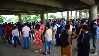 Reportan nuevas aglomeraciones en estaciones de Transmetro