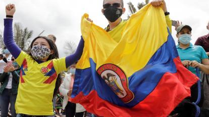 Así celebraron en Zipaquirá, la tierra de Egan, el título en Giro de Italia