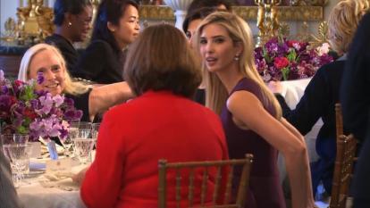 Ivanka Trump cerrará su firma de ropa