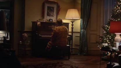En video | El comercial de Navidad de Elton John que enternece las redes