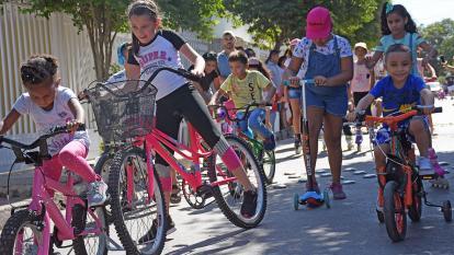 En video | Niños de Barranquilla disfrutaron en las calles de su aguinaldo