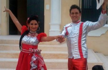 Olga Barrios y Dayan Hurtado son bailarines de merecumbé.