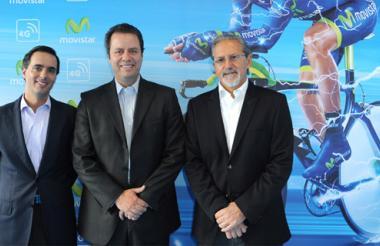 Alfonso Gómez Palacio, presidente de Telefónica Colombia; Camilo Aya, director de mercadeo Movistar Colombia, y Ariel Pontón, CEO de la compañía.