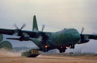 El avión involucrado en el incidente es un Hércules C 130, como el de la imagen.