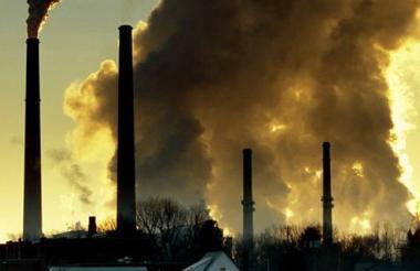 En los 10 últimos años la cantidad de CO2 lanzado a la atmósfera ha aumentado en 2 ppm anualmente.