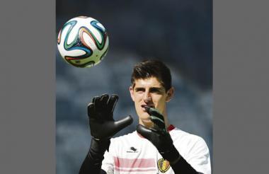 Con tan solo 22 años Thibaut Courtois es el portero titular de Bélgica. Pertenece al Atlético de Madrid de España.