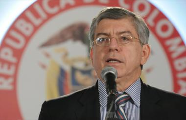 César Gaviria Trujillo.