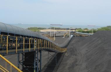 Puerto de Prodeco en la costa Caribe colombiana.