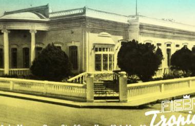 Fotografía de la casa Steffens, réplica de una casa de Chaplin.
