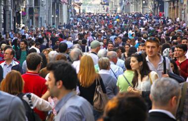 La expectativa de vida en el mundo para 2013 era de 71,5 años para ambos sexos, 6,2 más que en el año 1990.