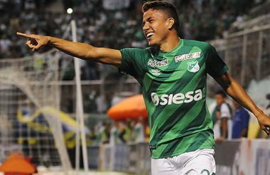 El atlanticense Andrés Felipe Roa ha madurado como futbolista en el Deportivo Cali.