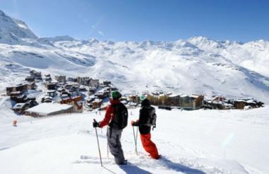 Hasta el momento, siete personas fallecieron tras una avalancha registrada en el macizo de Ecrins, en los Alpes franceses.