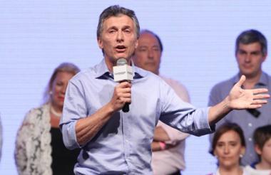 Mauricio Macri, habla ante seguidores tras la victoria en las urnas.