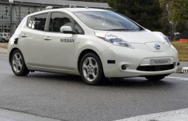 Modelo eléctrico Leaf de Nissan equipado por la Nasa.