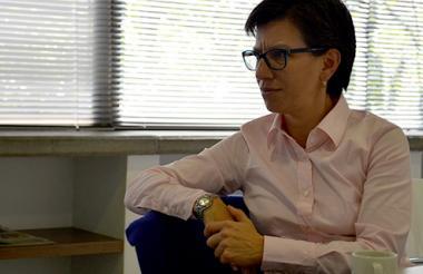 La senadora del partido Alianza Verde Claudia López.