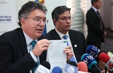 Mauricio Cárdenas, ministro de Hacienda, fue uno de los cuatro miembros del gabinete Santos que publicaron sus declaraciones de bienes y rentas.