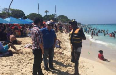 Playas de Cartagena en época de vacaciones.