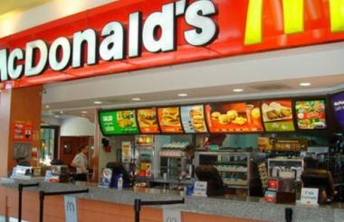Local de la cadena de comida rápida.