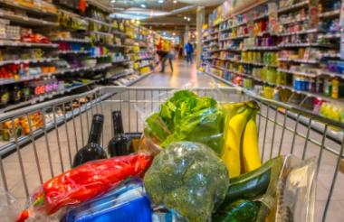 La papa, la zanahoria y la guayaba se encuentran en la lista de los alimentos escasos y costosos por estos días en la ciudad, a causa del paro nacional de camioneros.