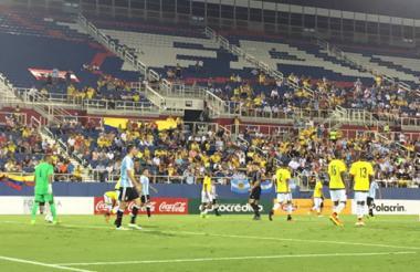 Aspecto del juego Colombia - Argentina.