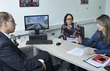 Carlos Guerrero, director de la Fiscalía Especializada contra la Corrupción, recibió a Cristina Plazas.
