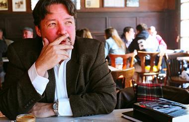 Carlos Ernesto García, escritor y exmilitante salvadoreño.