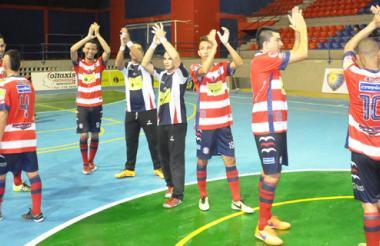 Los jugadores de Independiente celebrando.