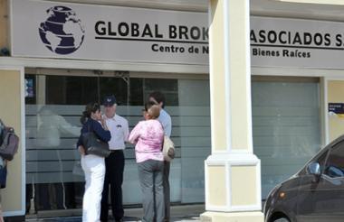 Fachada de las instalaciones de Global Brokers.