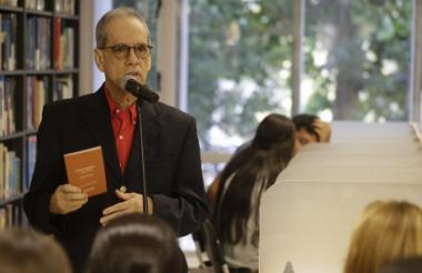Rector de Uninorte, Jesús Ferro Bayona, durante su intervención en el evento de lanzamiento del libro.