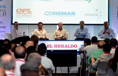 Panel de empresarios sobre los retos del Río.