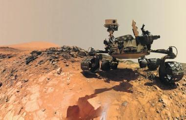En la foto, el robot 'Curiosity' en el planeta Marte.